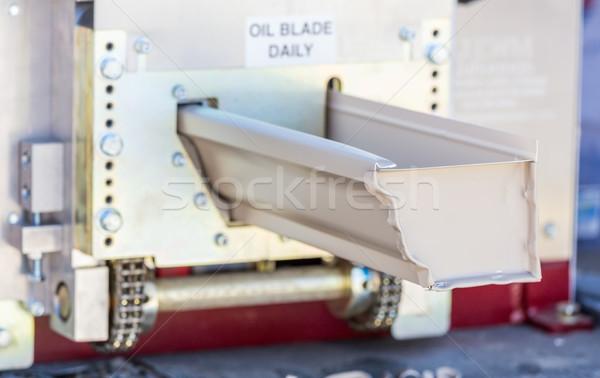 Deszcz rynna bezszwowy maszyny aluminium Zdjęcia stock © feverpitch