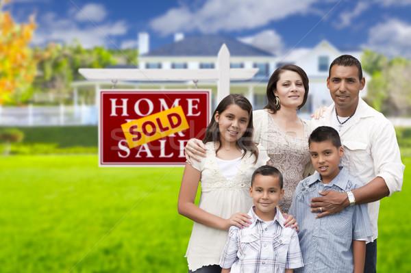Stock fotó: Spanyol · család · eladva · ingatlan · felirat · ház