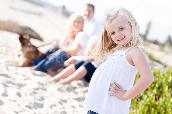 Сток-фото: прелестный · мало · блондинка · девушки · пляж
