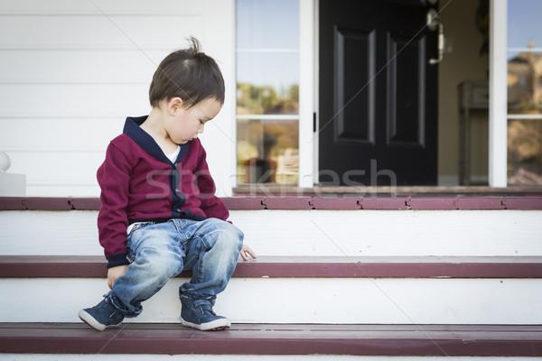 меланхолия мальчика сидят крыльцо Сток-фото © feverpitch