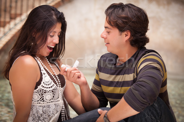 Hispanique homme amour bague de fiançailles femme couple Photo stock © feverpitch