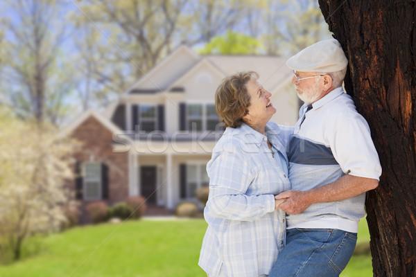 Foto stock: Feliz · pareja · de · ancianos · casa · mujer · pelo