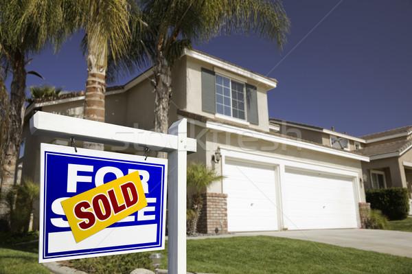 Kék eladva vásár ingatlan felirat ház Stock fotó © feverpitch