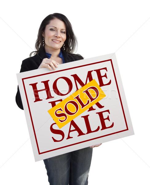 Hispânico mulher vendido casa venda Foto stock © feverpitch