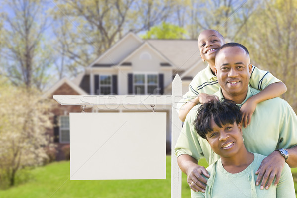 Stock fotó: Afroamerikai · család · ingatlan · felirat · új · ház · kész