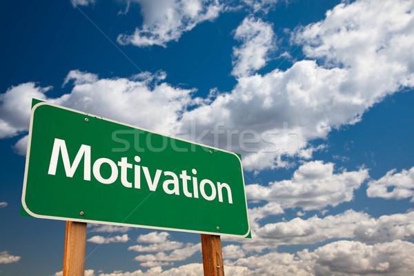 Motivação verde placa sinalizadora copiar quarto dramático Foto stock © feverpitch