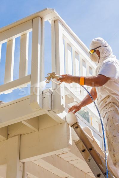Profi ház festő visel védelem festékszóró Stock fotó © feverpitch