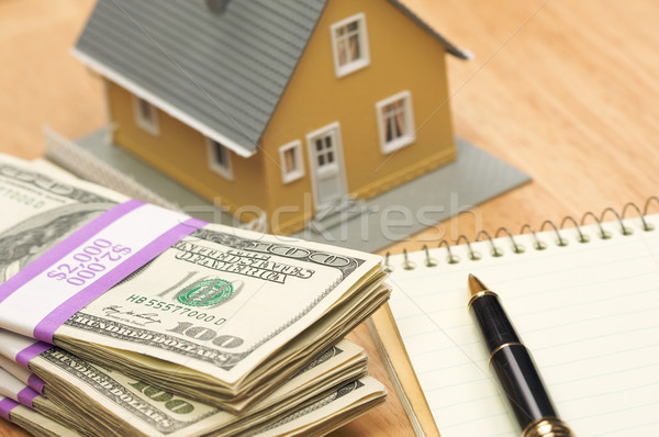 Huis geld pen papier home cash Stockfoto © feverpitch