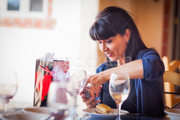 かなり イタリア語 女性 開設 ギフト 友達 ストックフォト © feverpitch
