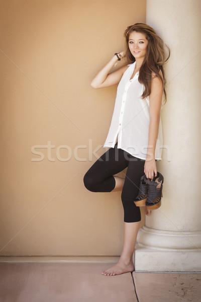 Stok fotoğraf: çekici · kız · portre · açık · havada · ayakta