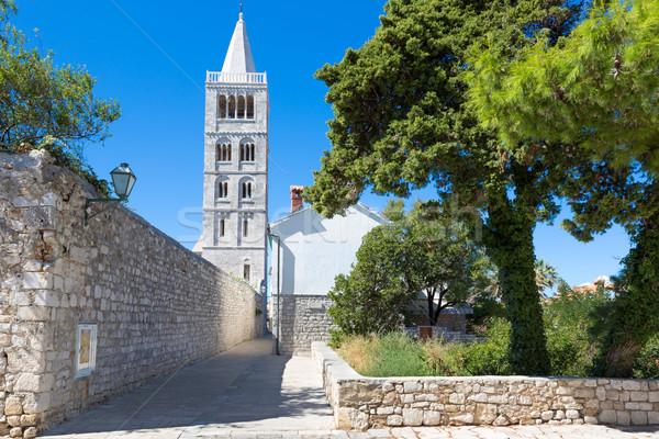 Histórico barrio antiguo ciudad isla Croacia edificio Foto stock © fisfra