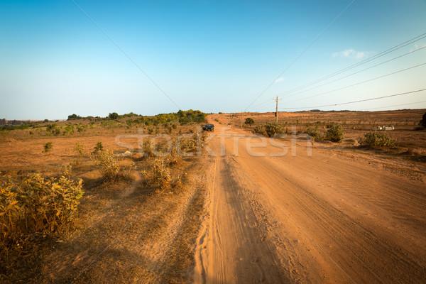 Sujeira seguir areia branca Vietnã paisagem rua Foto stock © fisfra
