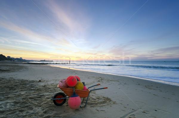 Brouette plein bateau plage orange bleu Photo stock © flotsom