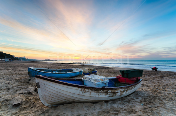 синий белый лодках пляж Восход рыбалки Сток-фото © flotsom