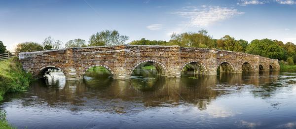 Witte molen brug historisch rivier weg Stockfoto © flotsom