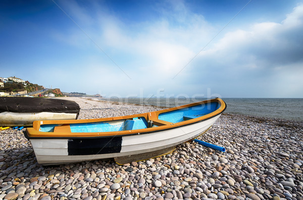 лодках пляж небе пейзаж морем лет Сток-фото © flotsom