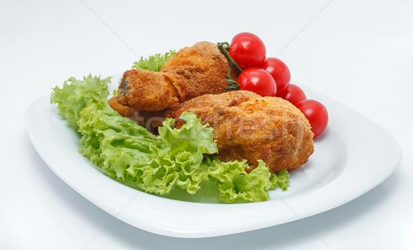 Tavuk tavuk kızartma parçalar plaka marul domates Stok fotoğraf © fogen