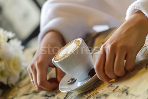 Gelin içme kahve fincanı kahve kaşık kadın Stok fotoğraf © fogen