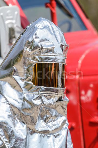 Fuego especial calor traje carro de bomberos trabajo Foto stock © fogen