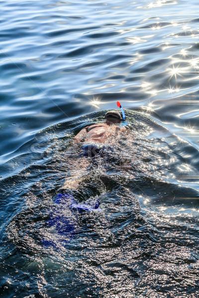 Duiker man pijp masker zee Stockfoto © fogen