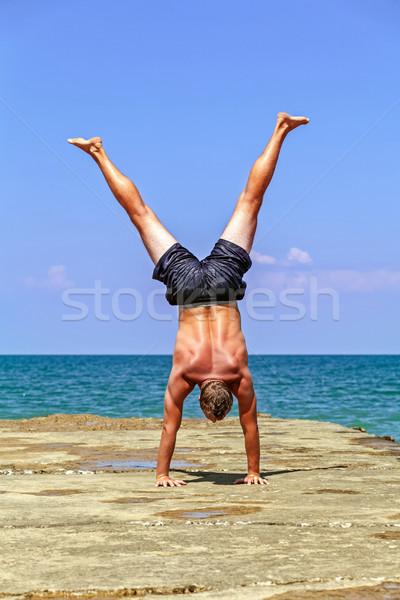 гимнаст морем молодые спортсмена занято гимнастики Сток-фото © fogen