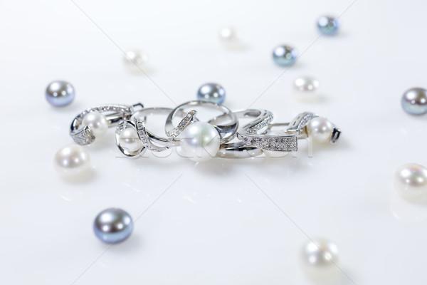 Ringen oorbellen parels ingesteld twee objecten Stockfoto © fogen