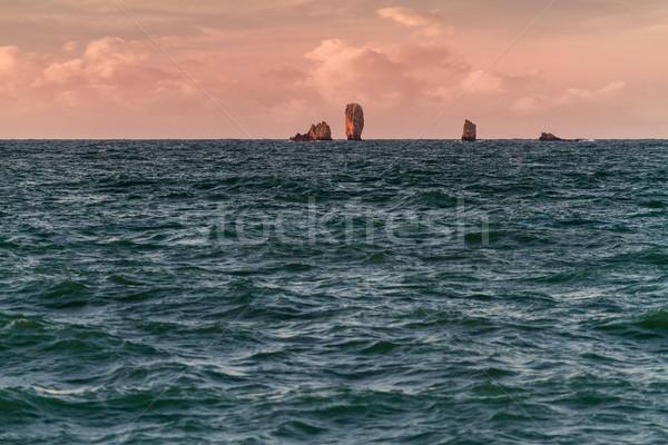 утра пейзаж морем пород подобно суда Сток-фото © fogen
