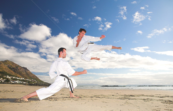 Hombres karate playa negro Foto stock © Forgiss