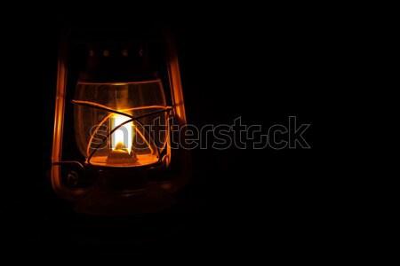 Storm lantaarn Geel brandend nacht nat Stockfoto © Forgiss