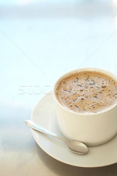 Kafe kahve fincanı taze köpüklü beyaz gümüş Stok fotoğraf © Forgiss
