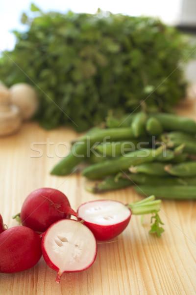 Verduras frescas hortalizas variedad tabla de cortar Foto stock © Forgiss