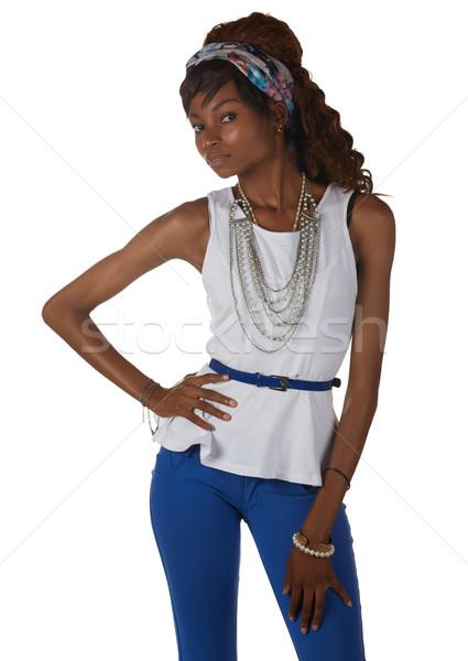 Zwarte afrikaanse vrouw jonge volwassen toevallig Stockfoto © Forgiss