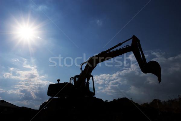Construction occupés soleil travaux silhouette Photo stock © Forgiss