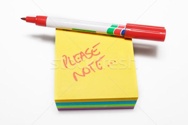 Notepad Rood vezel pen merkt witte achtergrond Stockfoto © Forgiss