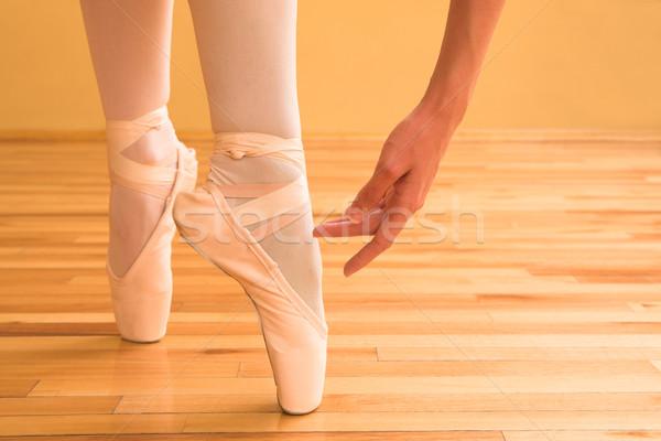 バレリーナ 女性 バレエ スタジオ ボディ 靴 ストックフォト © Forgiss
