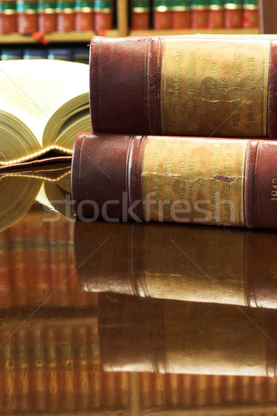 Legal livros tabela lei relatórios Foto stock © Forgiss