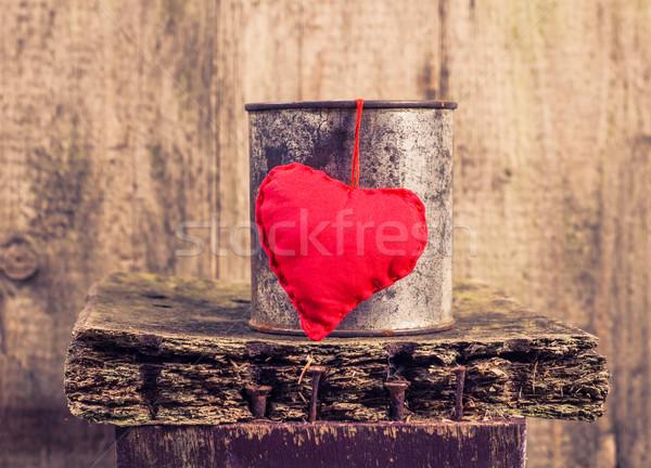heart hung rusty tin Stock photo © fotoaloja