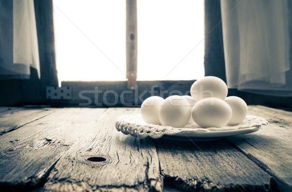 Oude keukentafel landelijk hut ochtend ei Stockfoto © fotoaloja