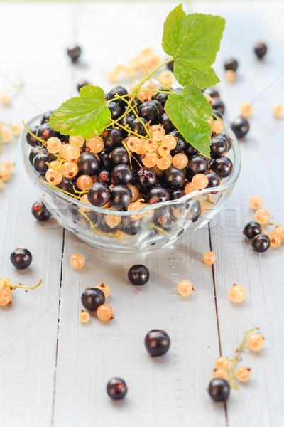плодов белый черный блюдце деревянный стол лет Сток-фото © fotoaloja