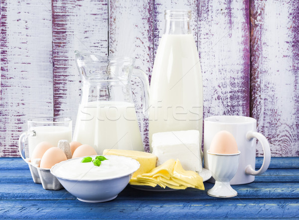 Milk dairy products wooden background Stock photo © fotoaloja