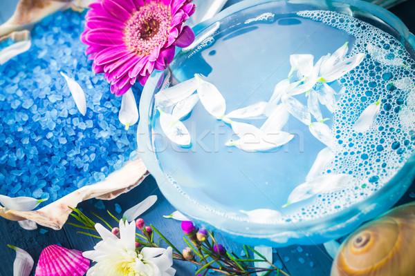 Spa eau obus fleurs fleur Photo stock © fotoaloja