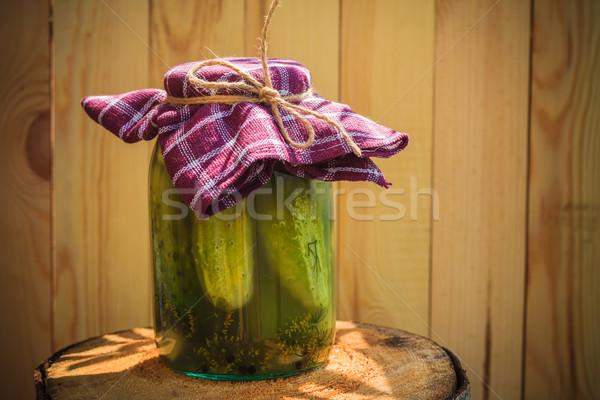 Stock fotó: Bögre · uborkák · fából · készült · asztal · farm · piac