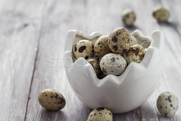 小 卵 木製のテーブル 皿 春 自然 ストックフォト © fotoaloja