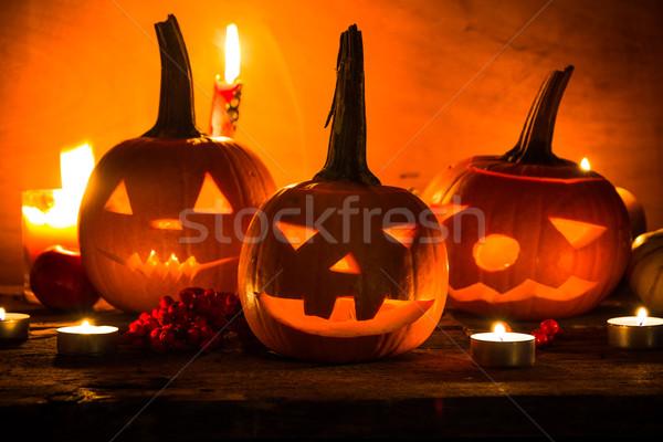 Lanternes sombre lumière colère visage Photo stock © fotoaloja