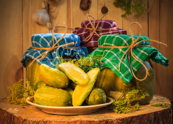Table en bois table vert ferme marché usine Photo stock © fotoaloja