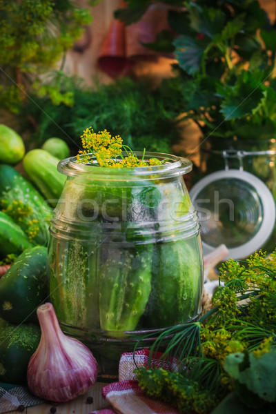 Jar augurken ander ingrediënten boerderij markt Stockfoto © fotoaloja