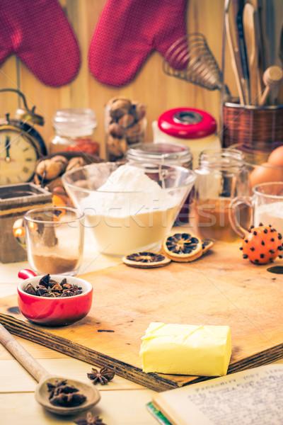 Ingrediënten voorbereiding christmas peperkoek keukentafel Stockfoto © fotoaloja