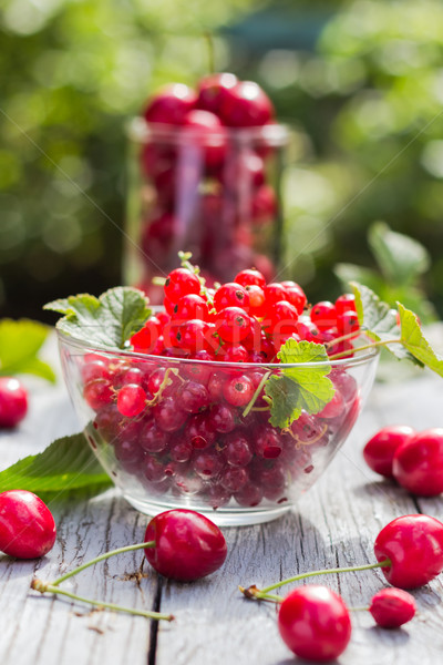 Freshly picked fruits currants cherries table Stock photo © fotoaloja