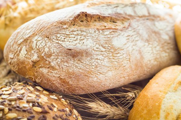 świeże bochenek chleba grupy śniadanie Zdjęcia stock © fotoaloja