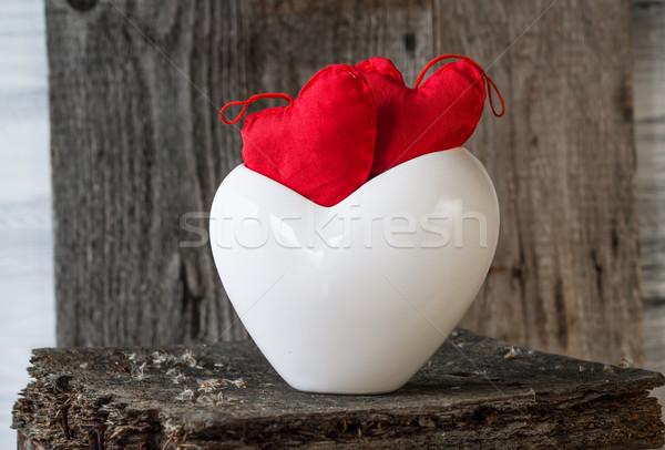 Dois vermelho corações galho conselho branco Foto stock © fotoaloja